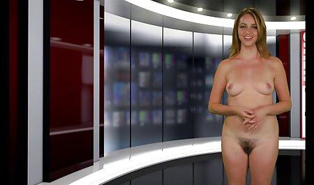 Camgirl दोनों छेद में बड़े dildo का उपयोग करता सेक्सी हिंदी फिल्म मूवी वीडियो है
