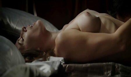 स्ट्रिपर गीला मैला सेक्स की मूवी हिंदी में सिर देता है