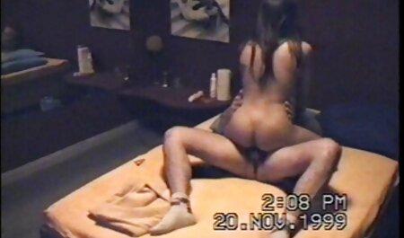 गर्म बड़े हिंदी मूवी वीडियो सेक्सी स्तन
