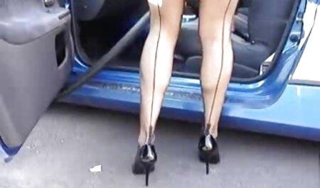 सुनहरी मूवी सेक्सी हिंदी स्त्री