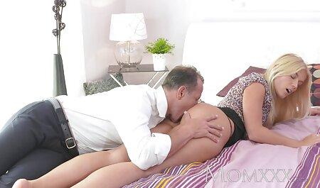 चमड़े के हार्नेस में सेक्सी मूवी 3g दो समलैंगिकों का मज़ा