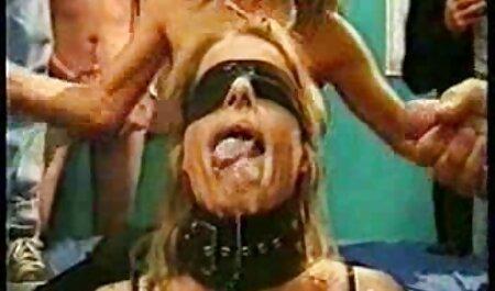 प्रेमी सनी देओल की सेक्सी मूवी द्वारा गड़बड़ किशोरों की तलाश में