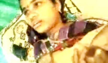 घर पर मेरे सबसे अच्छे दोस्त के सेक्सी हिंदी मूवी वीडियो में साथ माँ