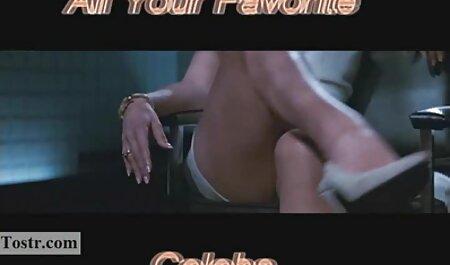 घुटने में प्यारा श्यामला Anya Olsen एक सनी लियॉन की सेक्सी मूवी फिल्म बड़ा डिक ले रहा है
