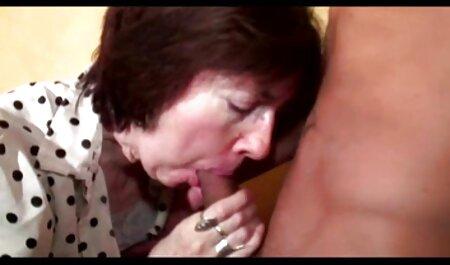 फ्रेंच अपस्कर्ट संकलन मूवी सेक्सी वीडियो सैलोपिंग स्टॉकिंग्स को परिपक्व करता है