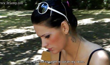 जांघ उच्च मोज़ा सेक्सी मूवी वीडियो और ऊँची एड़ी के जूते में Maia कमबख्त