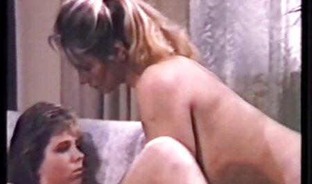 होटल -२ में हस्तमैथुन करते हुए निम्बो फैट भोजपुरी मूवी सेक्स चब्बी टीन मित्र