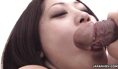 अच्छी तरह सेक्सी वीडियो फुल मूवी से इस्तेमाल किया और लथपथ चूत