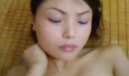 एक बड़े काले डिक के लिए सुंदर गोरा क्लो कॉउचर सेक्स करते मूवी हिचहाइकिंग