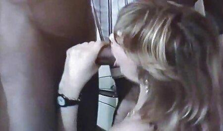बिग बुश्ड स्लट विशबोन और क्रीमयुक्त हो जाता है सेक्सी मूवी सेक्सी मूवी